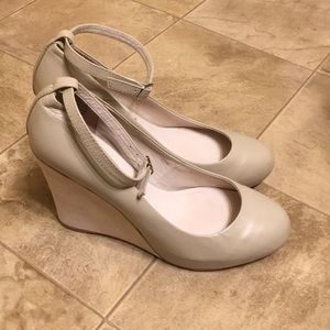 Jeffrey Campbell Cream Leather, Cream Suede Wedges